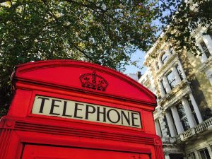 telephone-booth-1019285_960_720